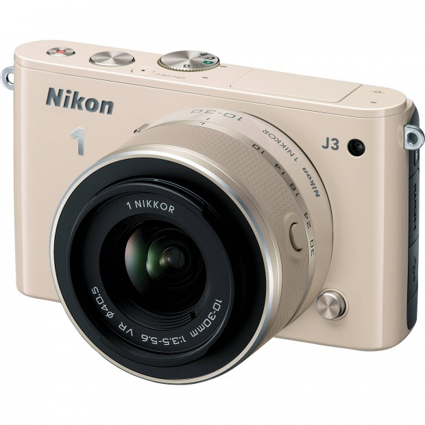 Hot Deal: Nikon 1 J3 w/ 10-30mm lens for $296 (R.$599)