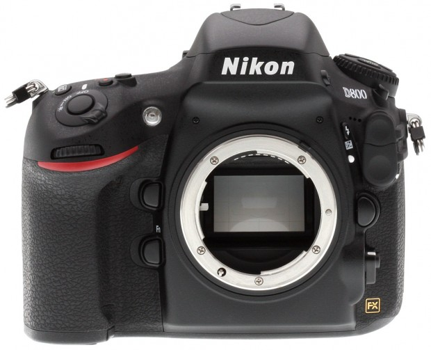 Refurbished Nikon D800 for $1,779 !
