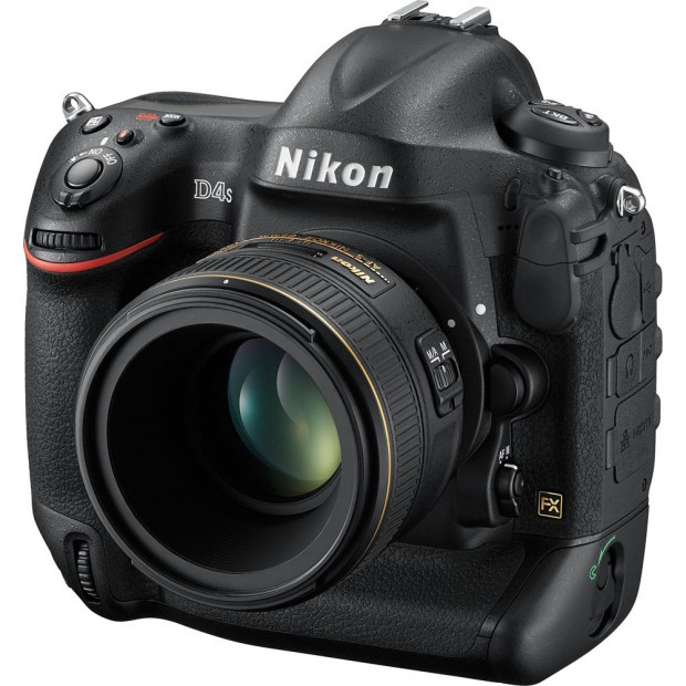 Hot Deal Back – Nikon D4S for $3,999 at Get It Digital !