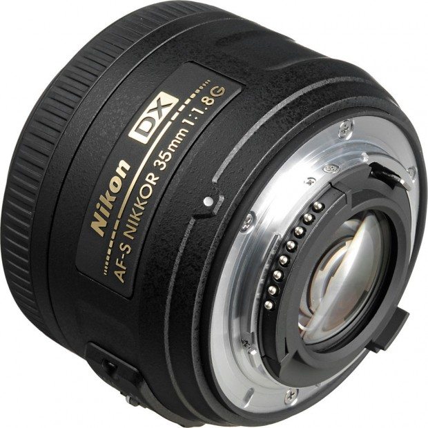 Hot Deal – AF-S Nikkor 35mm f/1.8G DX Lens + UV Filter for $139 !
