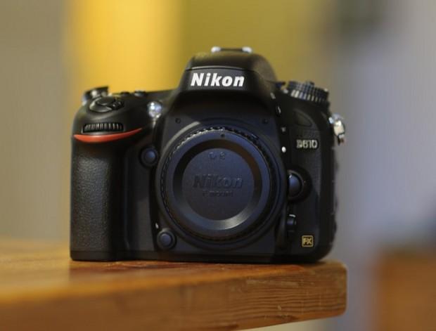 Nikon_D610_body